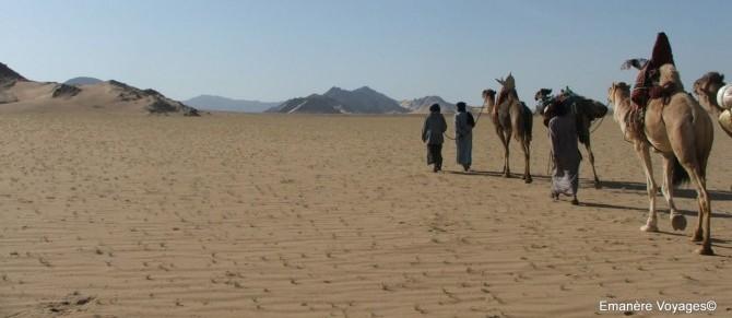 Trek rabdonnée meharée Ahnet sahara desert algerie